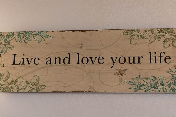 A wonderful slogan from the wall of Italian restaurant A Casa Mia in Santa Catalina, Palma