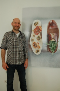 Joan Marc (whose eponymous restaurant is in Inca), with his creation.
