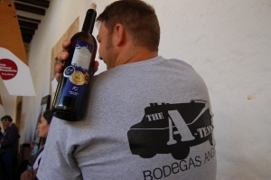 Sporty winemaker Andres from Bodegas Angel