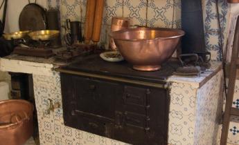 Old Mallorcan kitchen range