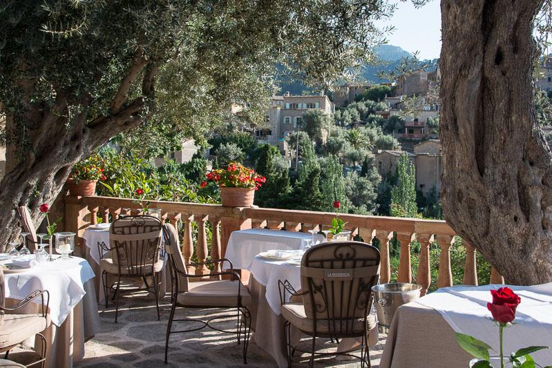 Restaurant terrace at Belmond La Residencia