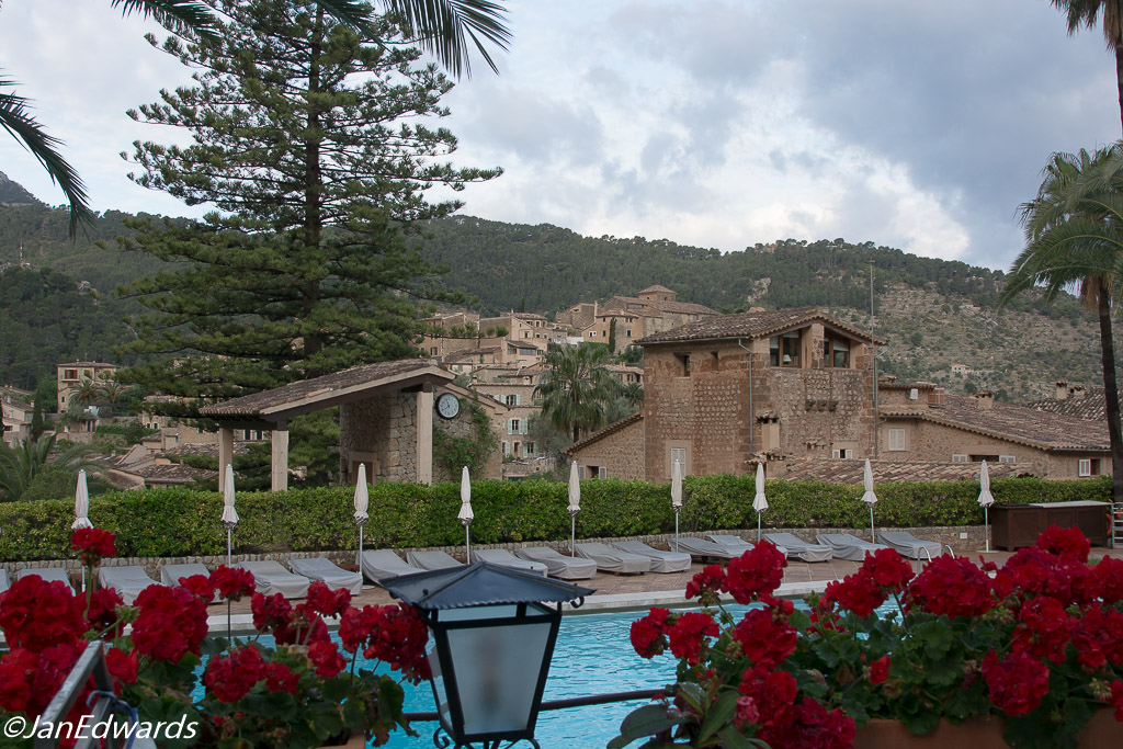 Swimming pool at Belmond La Residencia