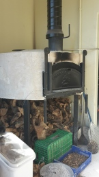 Wood-burning stove for cooking