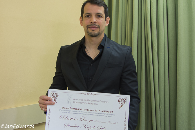 Sommelier Sebastian Longo from Zaranda