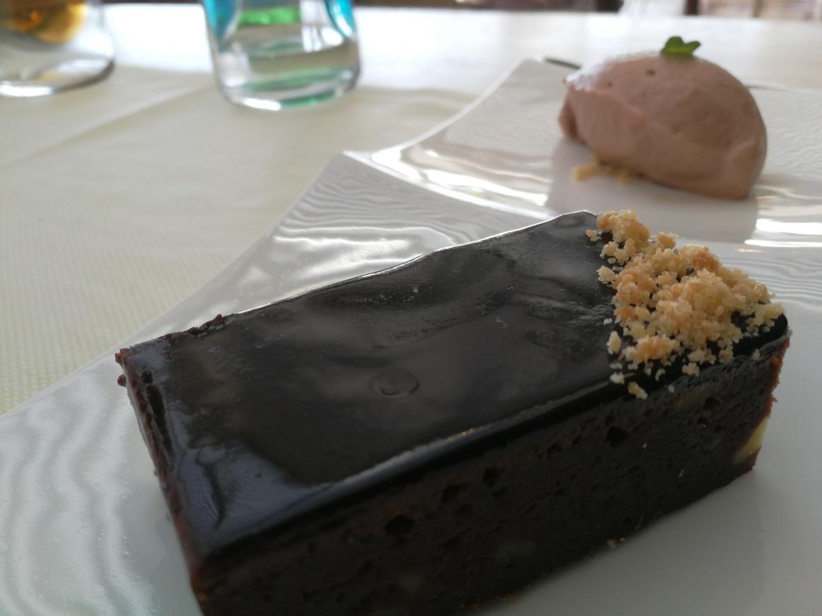 A dessert on the Baiben lunch menu at Puerto Portals