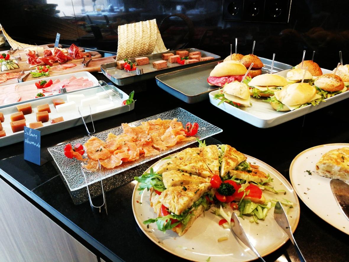 Breakfast buffet at Es Princep