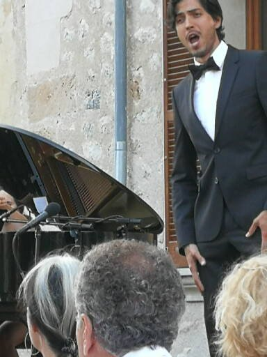 Puerto Rican tenor Joel Prieto on stage