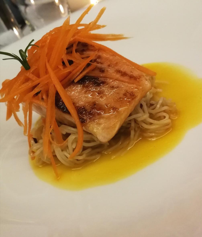 Salmon dish at Restaurant Apolonia in Alcudia