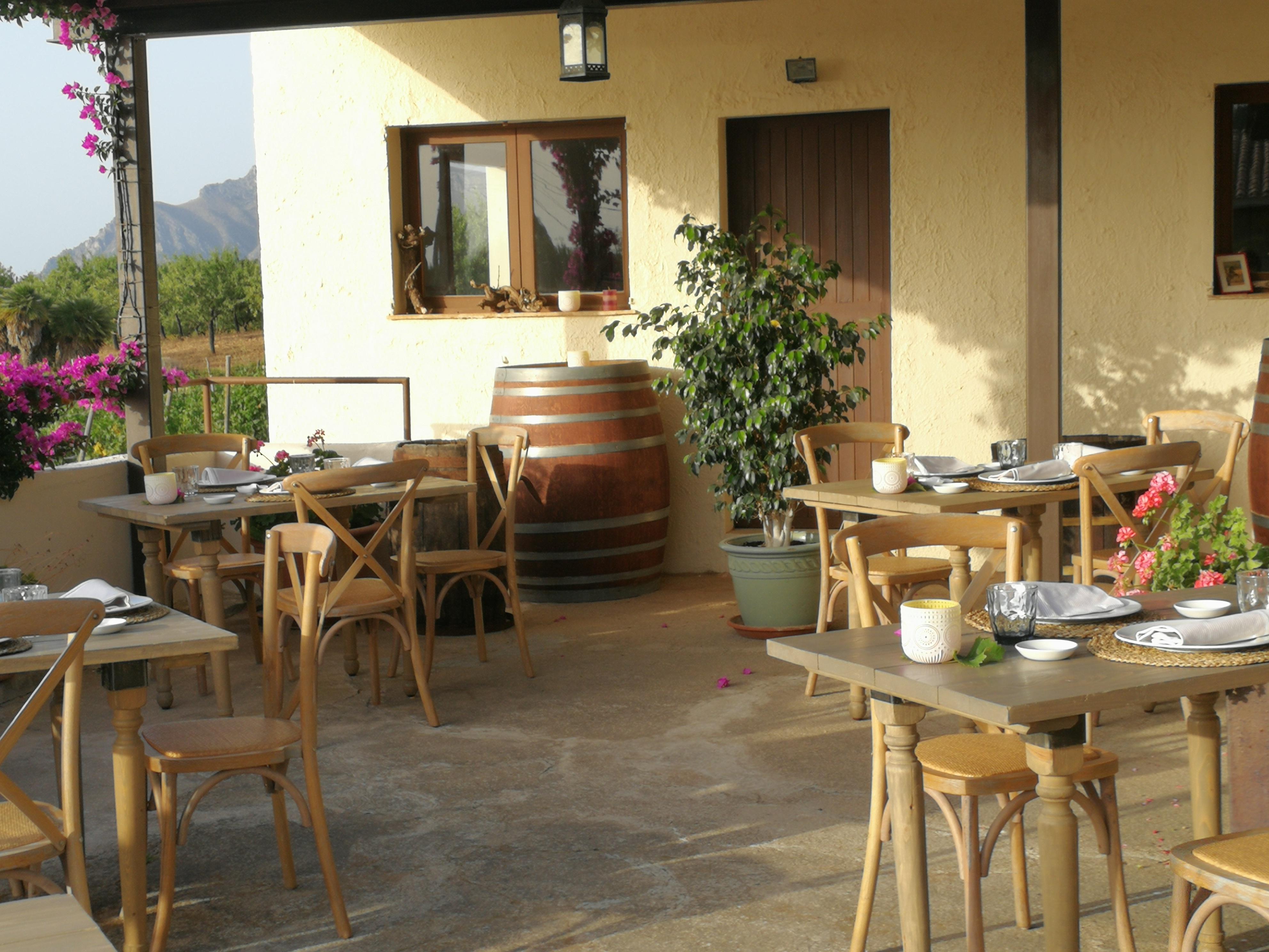 Pop-up dinner at Bodega Conde de Suyrot, Mallorca