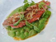 Red mullet with peas